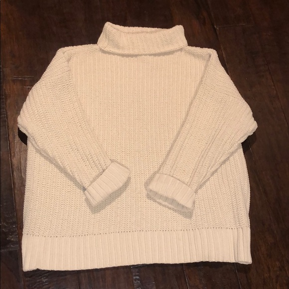 aerie Sweaters - Aerie Turtle Neck Sweater